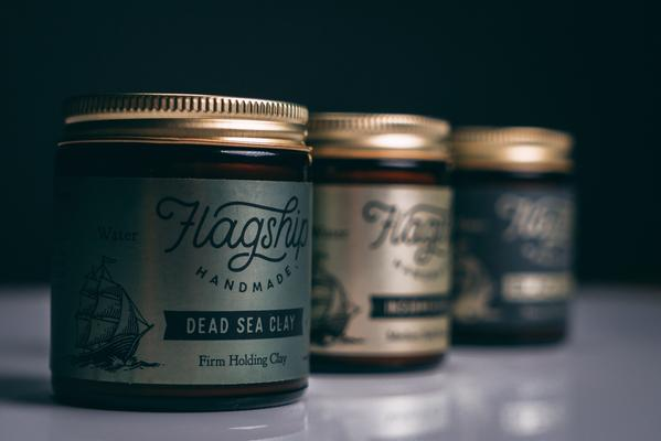 dead-sea-clay-firm-holding-clay-04