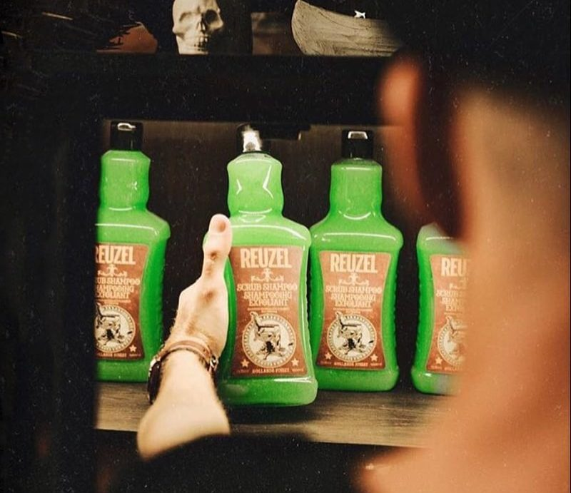 reuzel-scrub-shampoo-1000ml-03